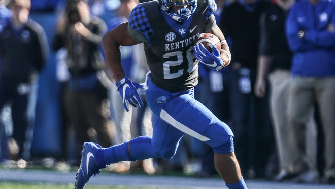 Kentucky's Benny Snell Jr was a force for Kentucky in the first half.November 25, 2017