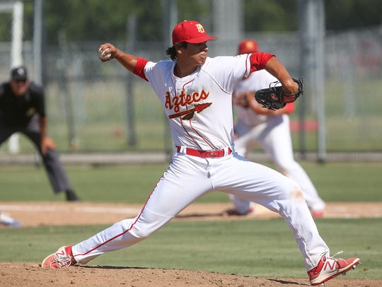 Jonathan Cuevas pitches a complete game for Palm Desert