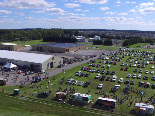 Smyrna's Blue Earl Brewing Company will host its annual end-of-the-summer Beers, Rims & Notes car show this weekend.