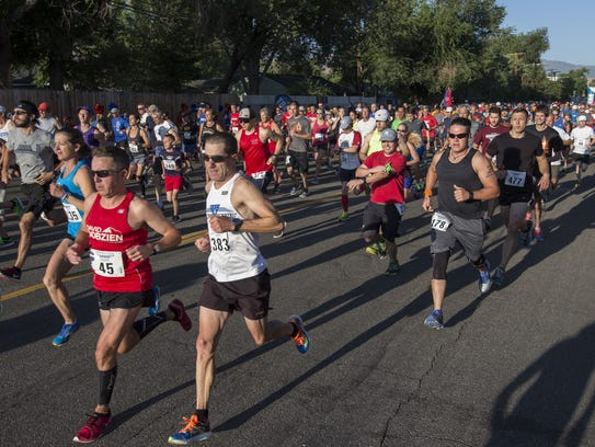 Runners start the 48th annual Journal Jog, held in
