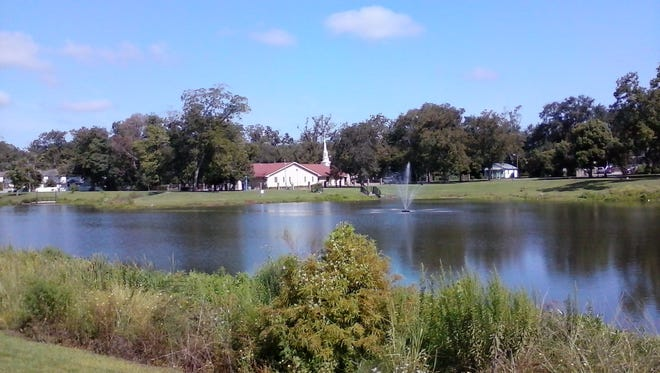 A dead body was found in a pond located at Carter-Strong-Howell park Thursday afternoon.
