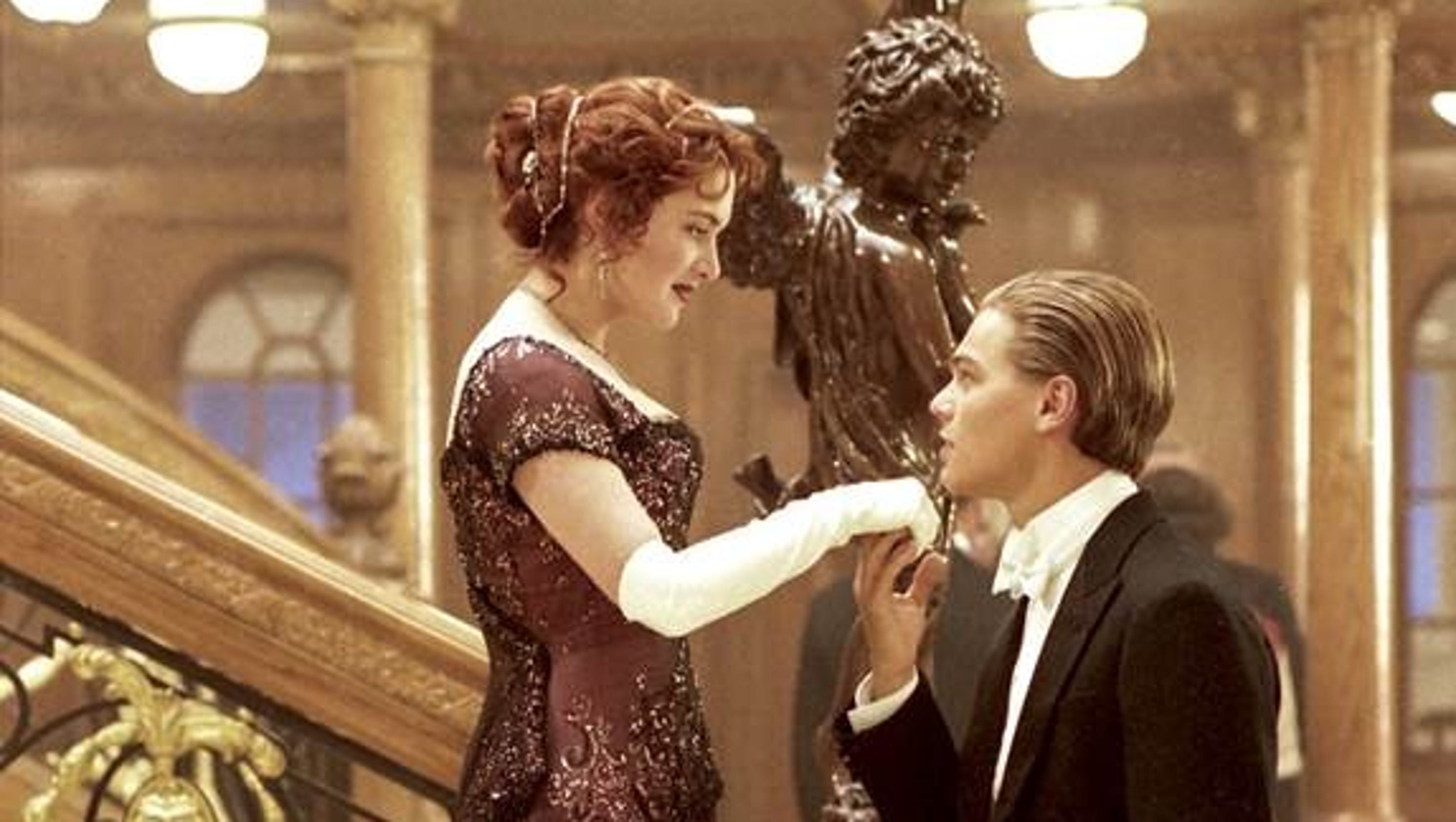 plot change of the titanic movie In the movie titanic by james cameron, the popular song come josephine in my flying machine features twice as per wikipedia: fragments of the song are sung a cappela in the movie titanic (1997).