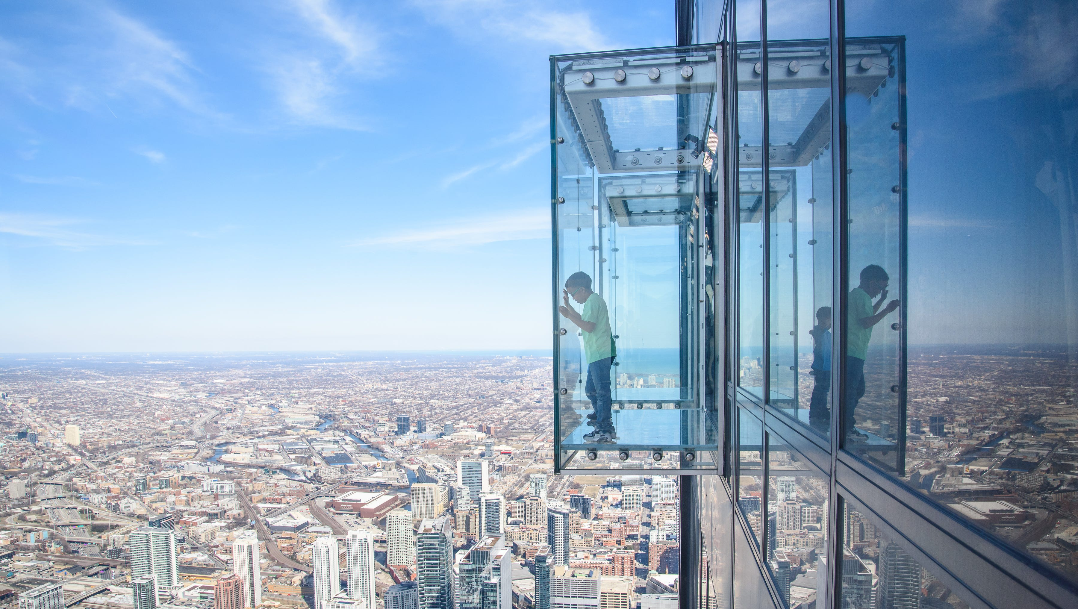 Coating crack temporally closes Skydeck