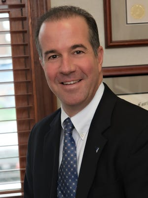 Barron Peck Bennie & Schlemmer announces attorney David H. Lefton as the first Cincinnati attorney to be named chairman of the American Bar Association Solo, Small Firm and General Practice Division.