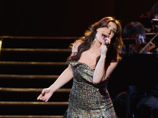 Idina Menzel will open for Josh Groban at the Wisconsin