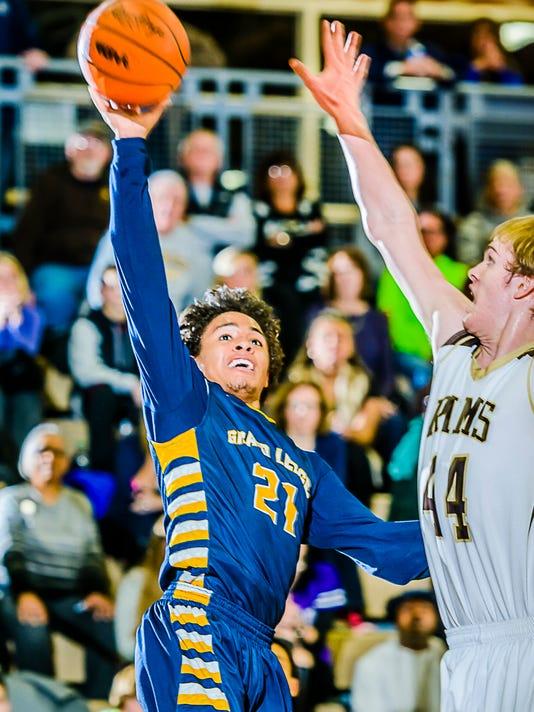 Grand Ledge vs Holt Basketball