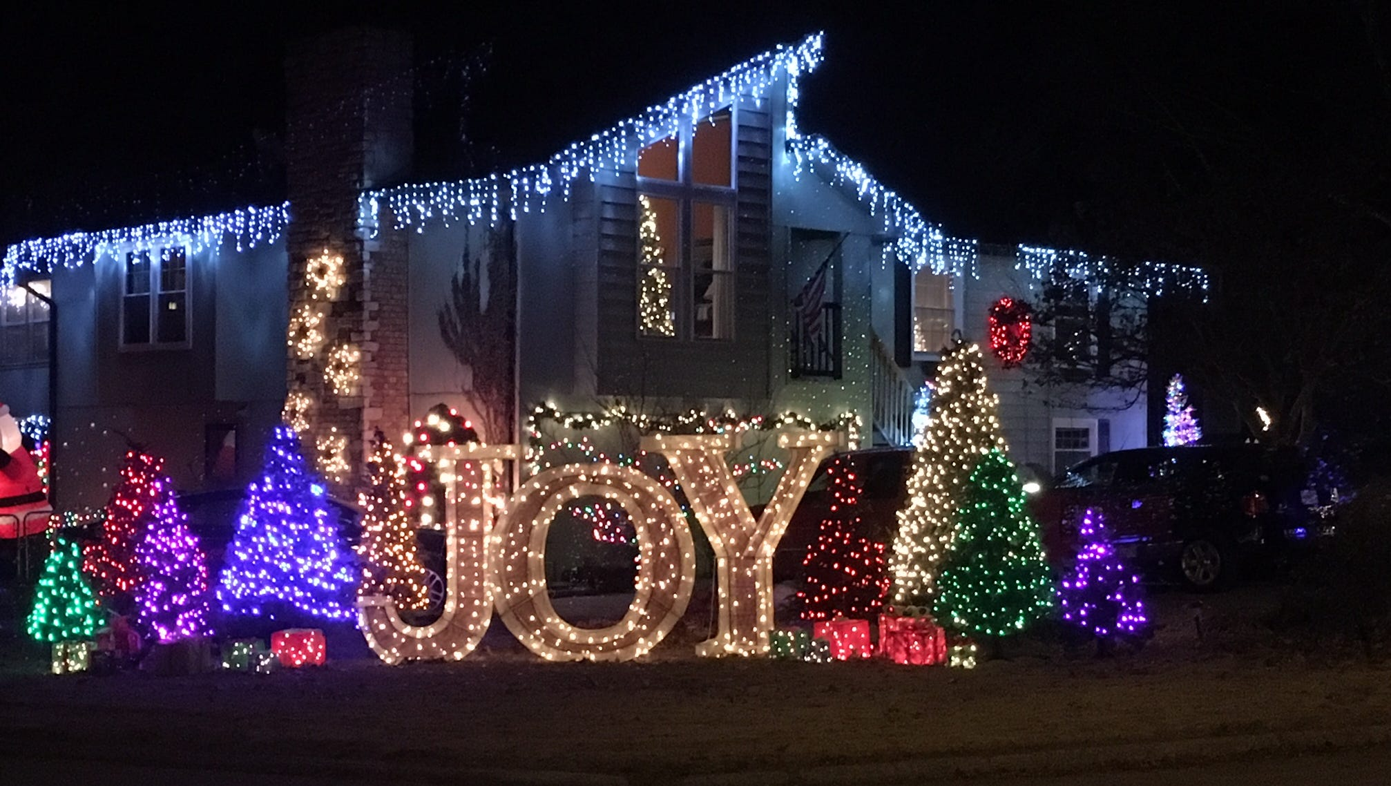where to find the best christmas lights displays around springfield jpg 3200x1680 christmas lights wind farm - Windcrest Christmas Lights