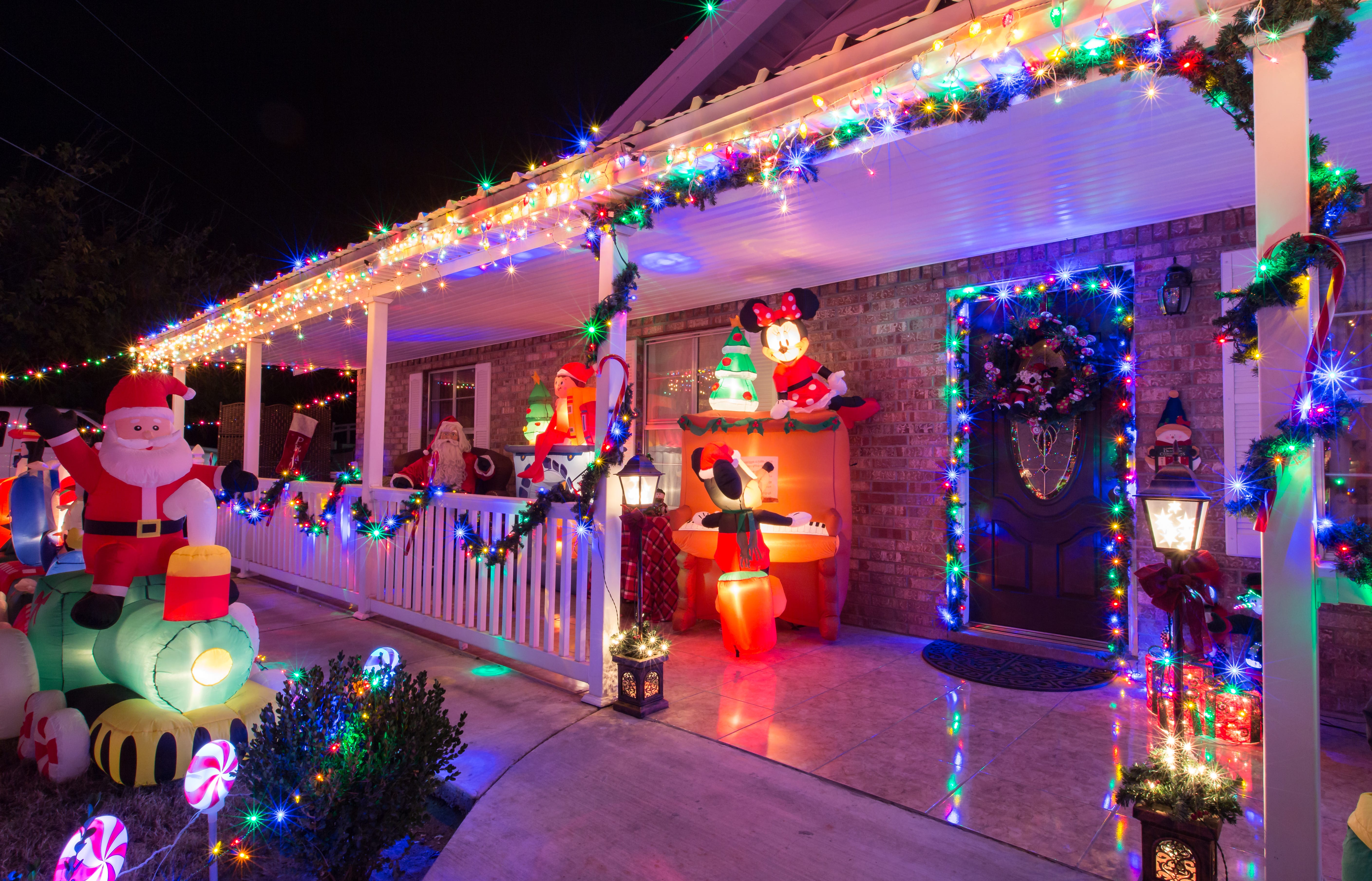 ... What Is The Main Holiday Decoration In Most Mexican Homes. Ads. Your  Guide To Some Of The Areas Best Holiday Light Displays