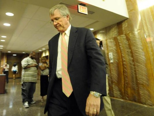 Stephen Stetler enters the courtroom to hear the verdict in his political corruption trial.