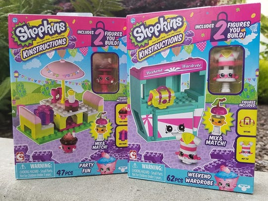 Shopkins Kinstructions work with most other building-block systems and come with two figures that you assemble yourself.