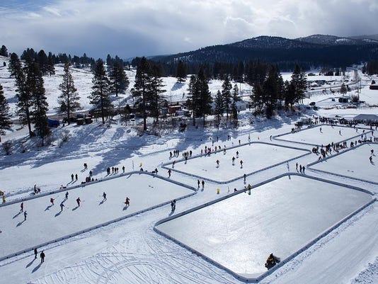-pond hockey.jpg_20150212.jpg