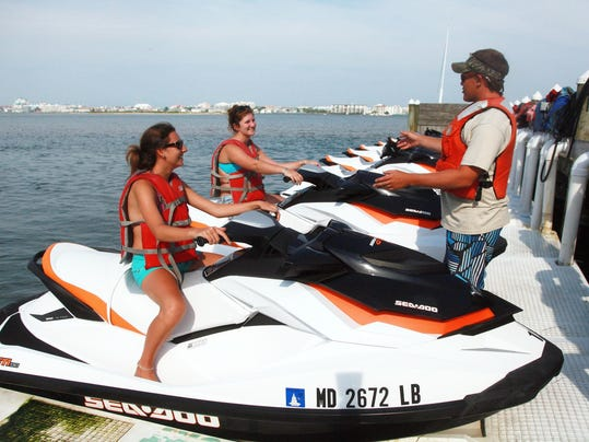 -ARW-3paradise watersports.jpg_20120611.jpg