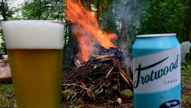 A nice beer around the campfire