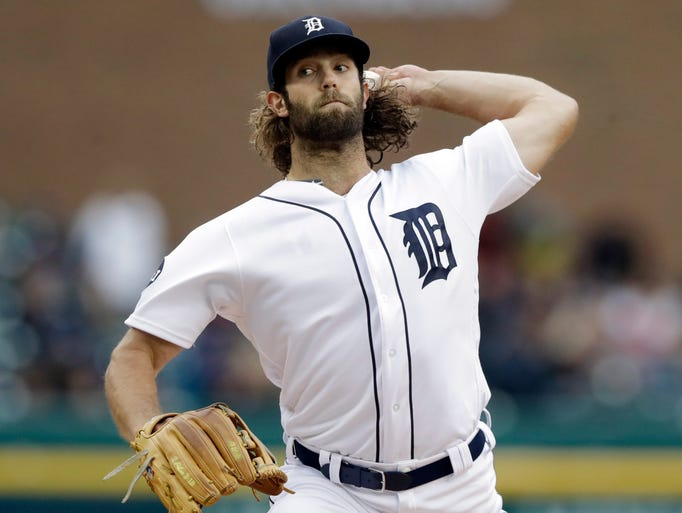 Detroit Tigers starting pitcher Daniel Norris throws