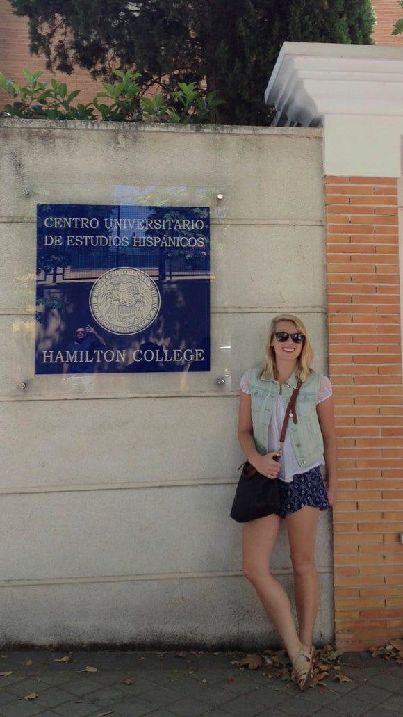 Erin McCulloch '16 snaps a photo in front of her school, Centro Universitario de Estudios Hispánicos de Hamilton College. (Photo courtesy of Erin McCulloch)