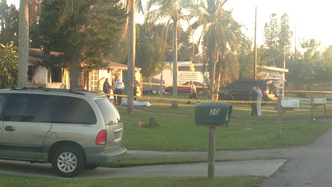 Authorities are investigating a house fire in Lehigh Acres that left one person dead.