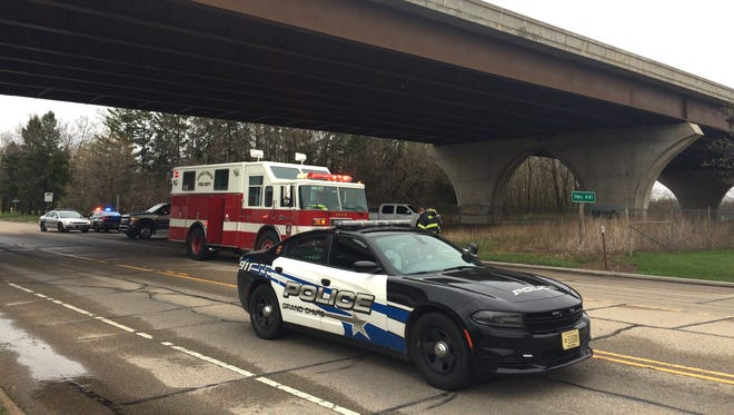 Multiple agencies responded after a man threatened to jump from State 441 near Wisconsin Avenue Thursday afternoon.