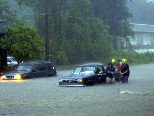 AP IA04 WEATHER 18  FLOODING A WEA USA PA