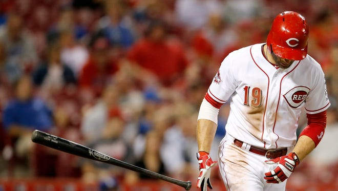 Cincinnati Reds first baseman Joey Votto (19) walks during the MLB game between the Cincinnati Reds and the Los Angeles Dodgers, Tuesday, Aug. 25, 2015, at Great American Ball park in Cincinnati, Ohio.