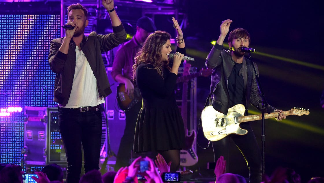 Lady antebellum tour bus catches fire in texas for Lady antebellum miscarriage how far along