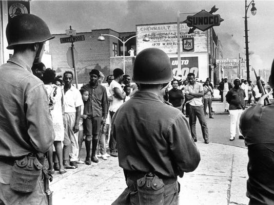 636346210831215397-1967-Detroit-riot-1-copy.jpg