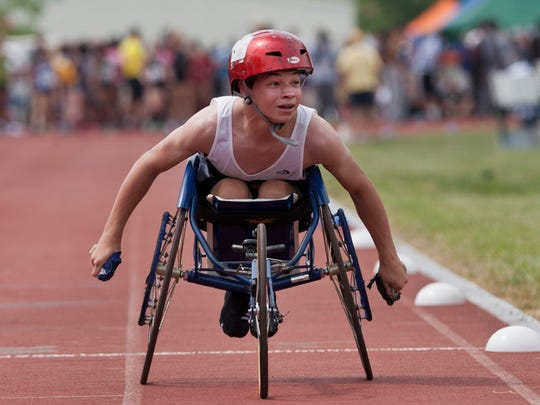 Pequannock wheelchair racer Steven Machak takes second