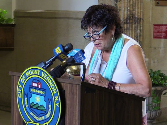 Roberta L. Apuzzo, the Mount Vernon City Council President,