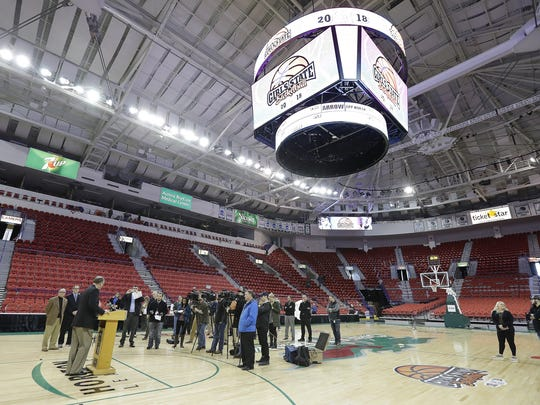 WIAA executive director Dave Anderson announces that the WIAA has agreed to extend their contract to play state tournaments in girls basketball and both girls and boys volleyball at the Resch Center on Wednesday.