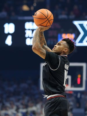 University of Cincinnati guard Cane Broome and the Bearcats next face unbeaten Mississippi State.