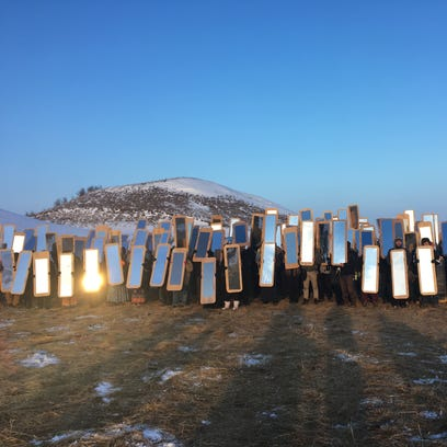 Hundreds of mirror 'shields' used in Standing Rock art