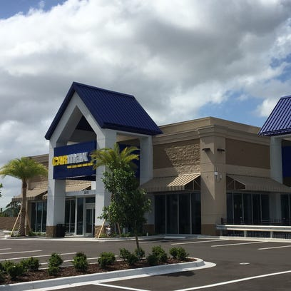 Car shopping? There's a new option with Treasure Coast's first CarMax location