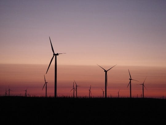 Alliant Energy's Whispering Willows wind farm