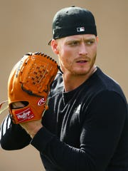 Arizona Diamondbacks pitcher Shelby Miller throws during