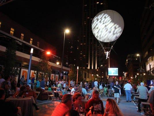 aerosphere-balloon-show-photo.jpg