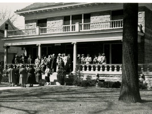 Silby House Benton Ave_District Library Bus Tour Meeting_1950s_SGCL LH&G Arc.jpg
