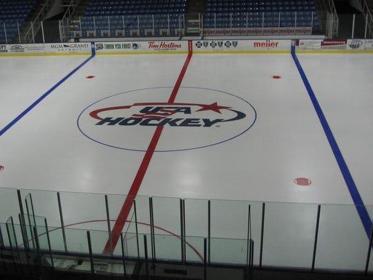 USA Hockey logo at center ice.