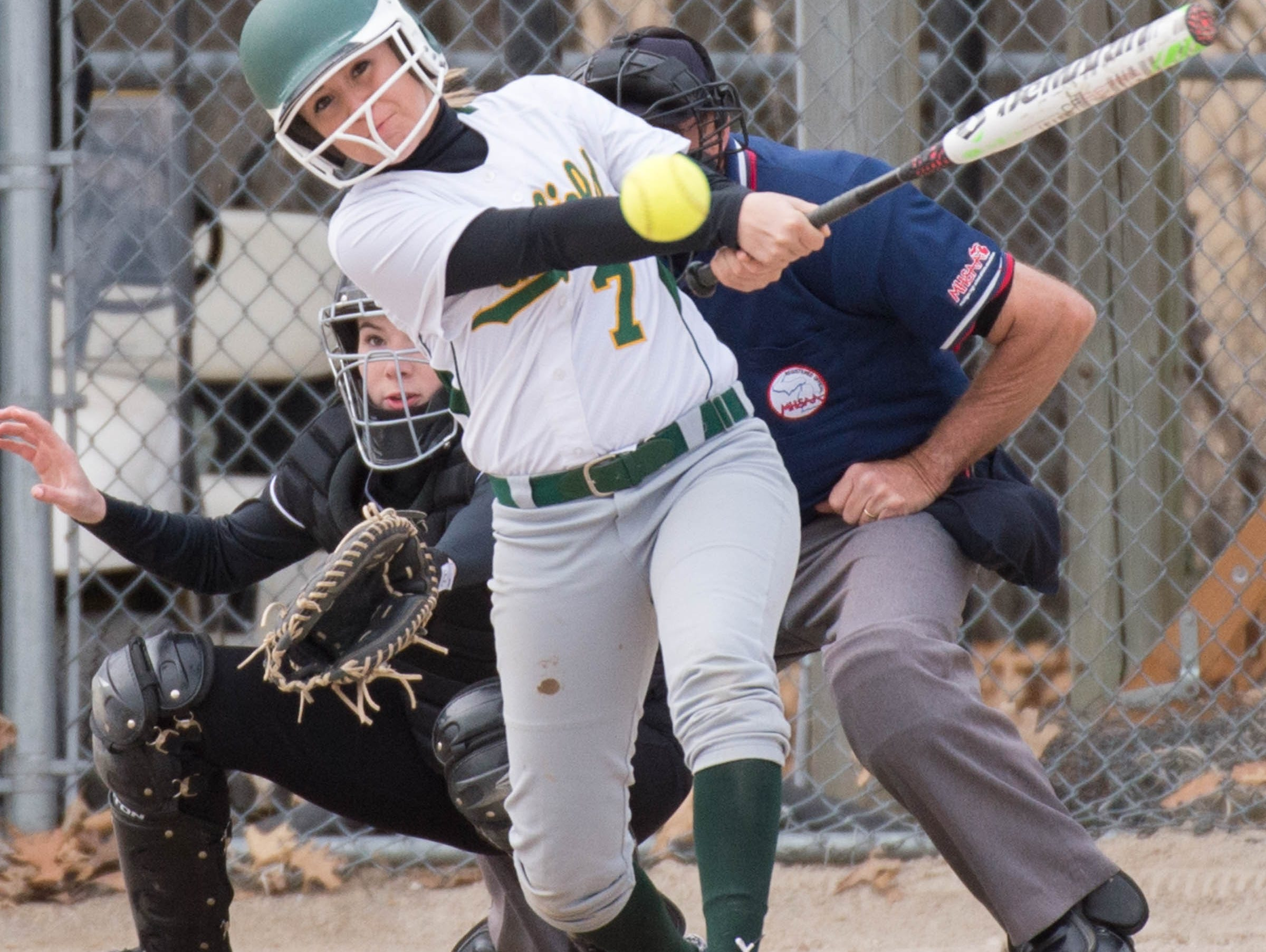 Pennfield's Linsey Pyles (7) at bat during a recent game against Lakeview.