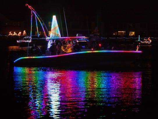 Cape Coral Boat A Long - Christmas Boat Parade as seen