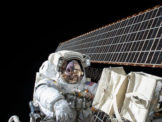 On Nov. 6, 2015, NASA astronauts Scott Kelly and Kjell