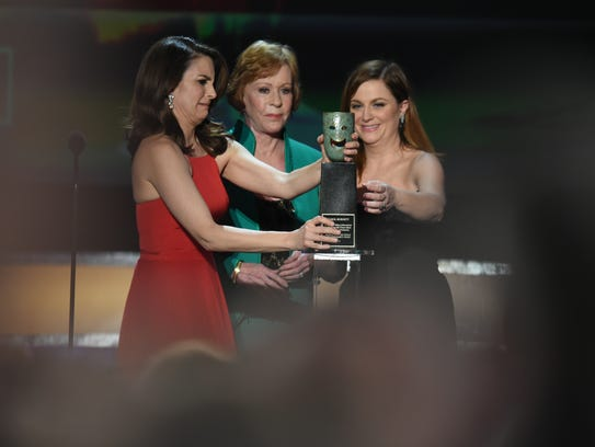 Tina Fey and Amy Poehler join Carol Burnett as she