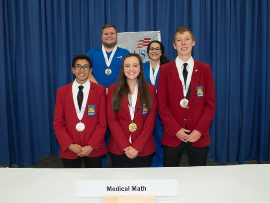 Front left: SCVTHS student and Medical Math silver