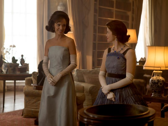 Jodi Balfour as Jackie Kennedy and Claire Foy as Elizabeth