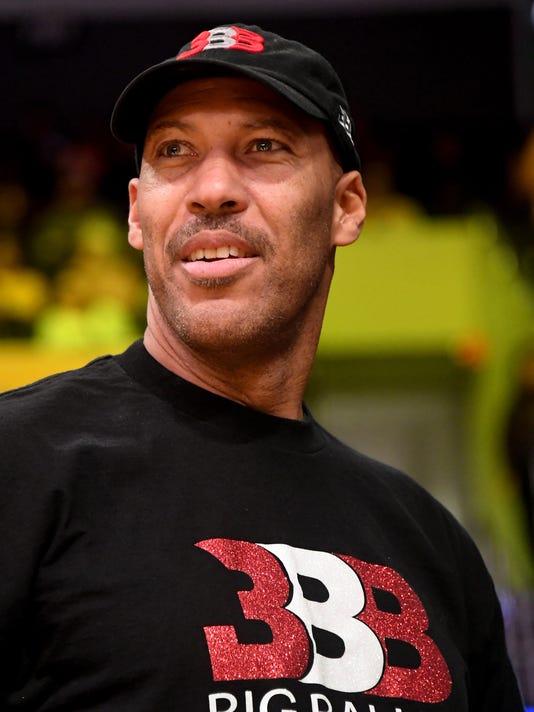 USP NBA: BROOKLYN NETS AT LOS ANGELES LAKERS S BKN LAL BKN USA CA