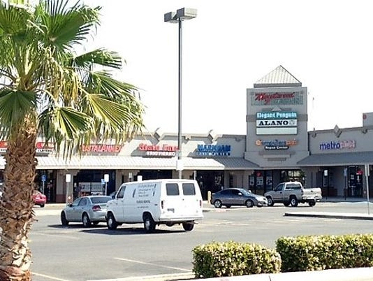MONTWOOD-MALL-1