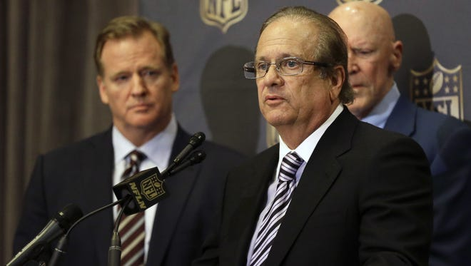 NFL Commissioner Roger Goodell, left, and Chargers owner Dean Spanos talk to reporters in 2016.