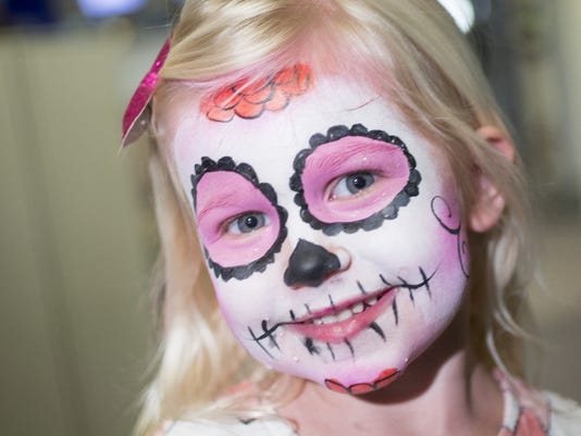 Day Of The Dead How To Paint Your Face For Dia De Los Muertos - Day-of-the-dead-makeup-tutorial-video