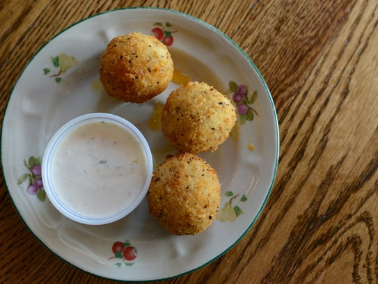 Creekside's fried pimento cheese.