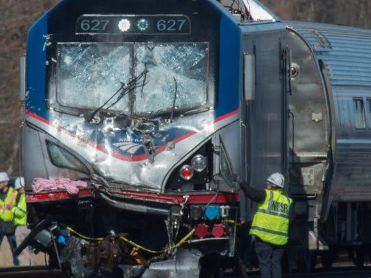 AP TRAIN DERAILS PENNSYLVANIA A USA PA