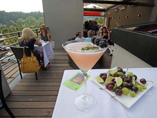 TJN 0708 rooftop bars