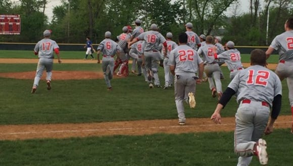 Tappan Zee celebrated an 11-10 walk-off win over Pearl